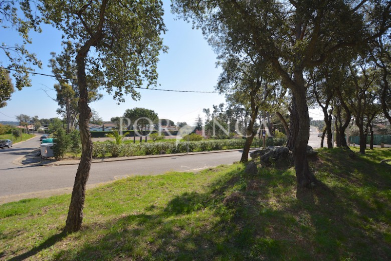 Nice large building plot with facade of 45 meter and sea view close to Playa d'Aro