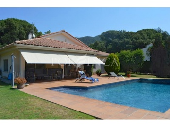 Well maintained  villa on a large plot in Bell Lloc, Santa Cristina d'Aro