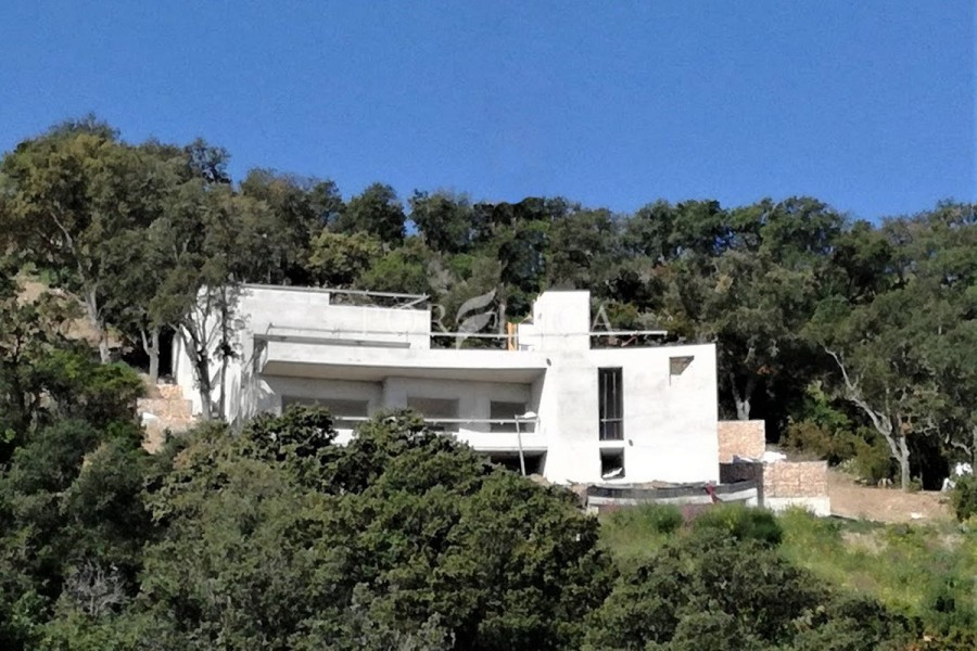 High quality contemporary 5 bedroom villa with spectacular sea view in Sa Riera Begur to be finished in May 2018