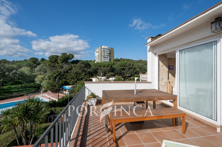 One bedroom apartment for sale in Platja d'Aro very close to the centre and the beaches.